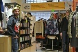 La storia di Ivan: dal tirocinio per ragazzi speciali a volontario nel negozio vintage solidale di Arché